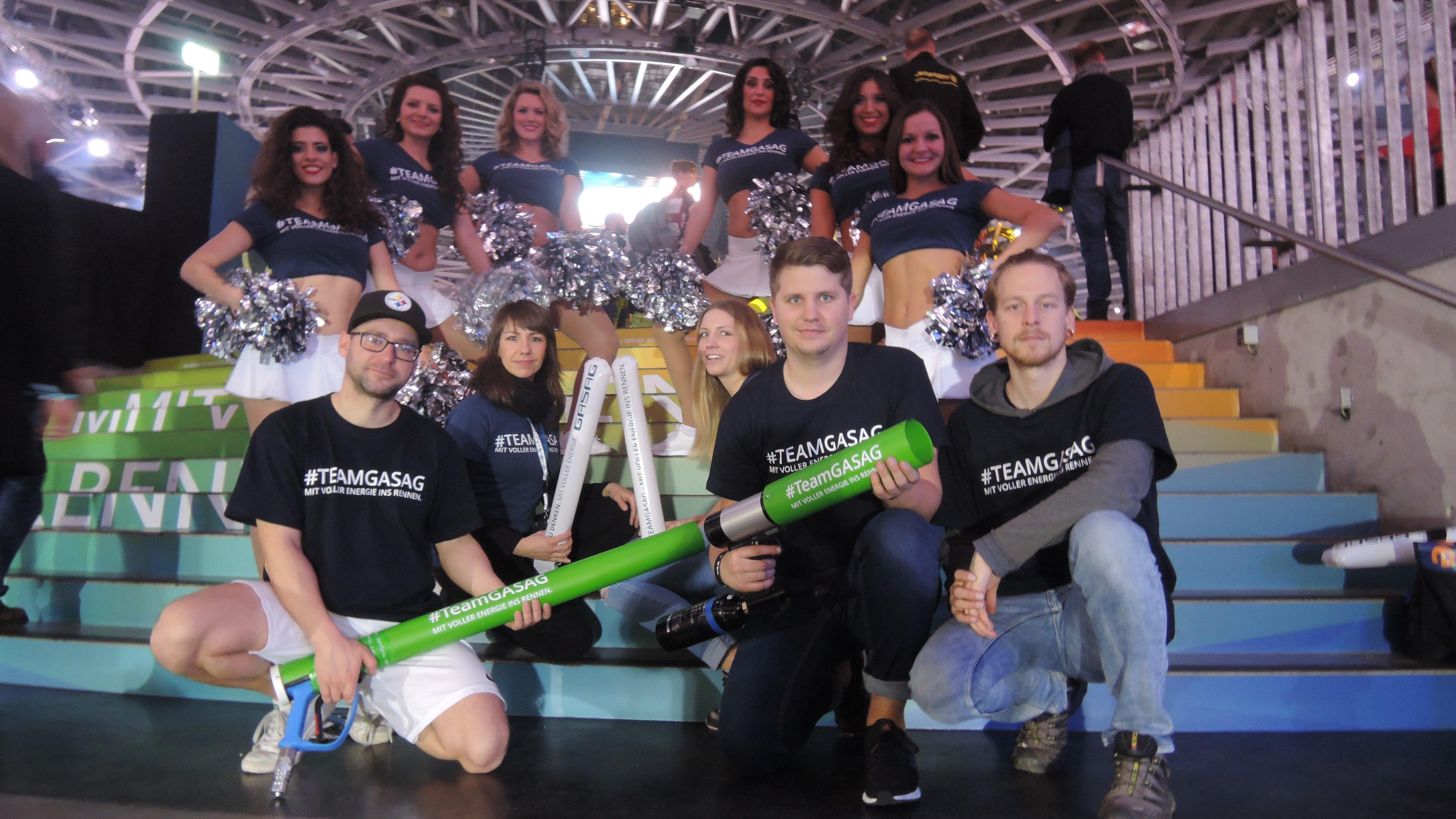 T-Shirt Kanone T-Stadium GASAG Sechstagerennen 2017 berlin mit Promo und cheerleader team