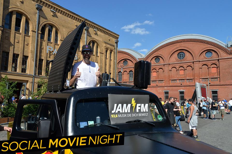 JAM FM Radio DJ in Berlin bei der Social Movie Night zu Central Intelligence