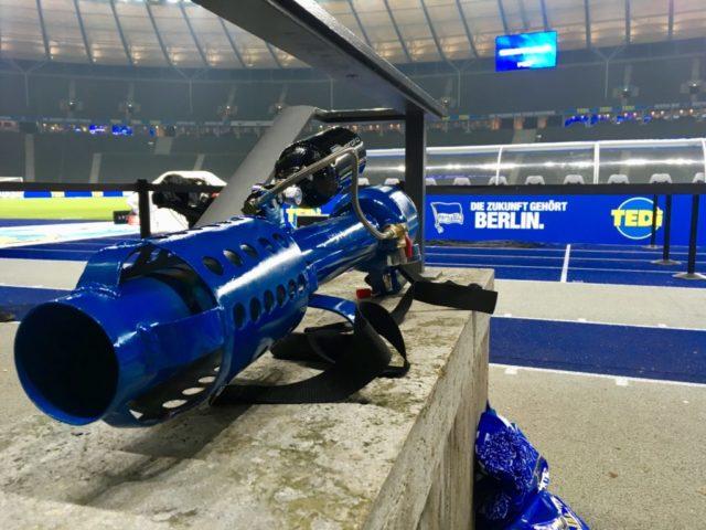 Herthinho Hertha BSC T-Shirt Kanone Stadion